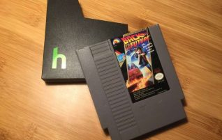 Did you like the NES Mini? With this cartridge with Raspberry Pi and 2400 Zero games you are going to hallucinate