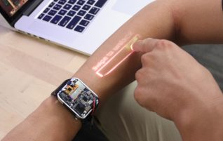 LumiWatch, the smartwatch with a projector that would transform our arm into a touch screen