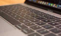 clean the mac keyboard
